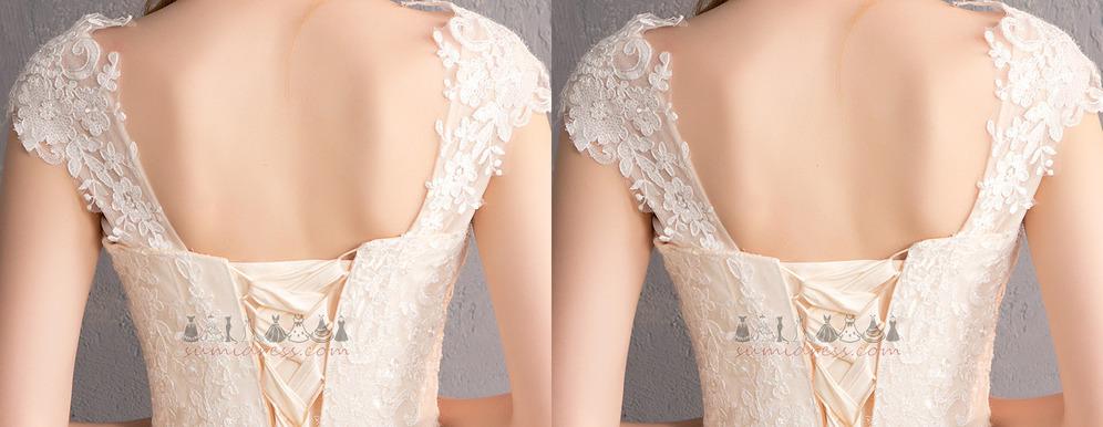 561fd4c5d478 ... Νυφικά φόρεμα Γοργόνα Δέστε τις Δικαστήριο Εκπαιδευτείτε Άνοιξη  Κοντομάνικο Φυσικό