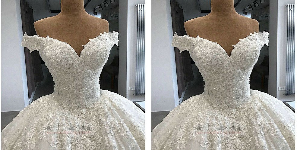 Sleeveless Lace-up Lace Overlay Natural Waist Hall Spring Wedding Dress