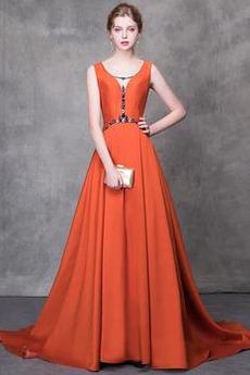 2cd3351a50f6 Rýchle dodanie Večerné šaty z online desetník obchode - RobeMME