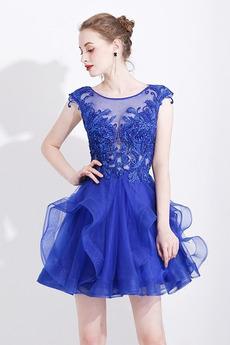 e7ac2dc8bebf Rôzne druhy Modrá Koktejlové šaty ponúkané robemme. fr